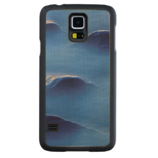 Sunset on rocks protruding through foamy water carved maple galaxy s5 case