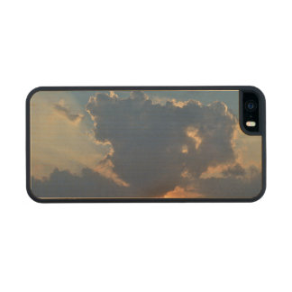 Sunset With Teacup Cloud Formation Carved® Maple iPhone 5 Case