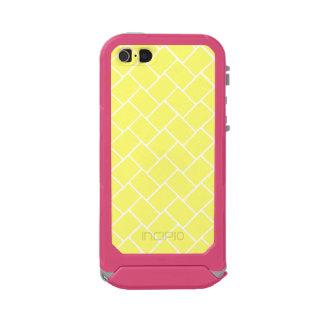 Sunshine Basket Weave Incipio ATLAS ID™ iPhone 5 Case