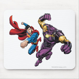 Superman Fights Enemy 2 Mouse Pad