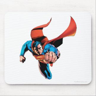 Superman moving forward mouse mat