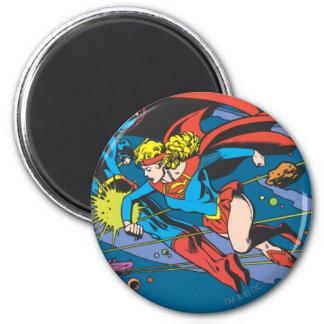 Superman & Supergirl Flying Magnet