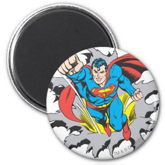 Superman Tears Thru 6 Cm Round Magnet