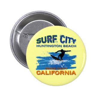 SURF CITY HUNTINGTON BEACH 6 CM ROUND BADGE