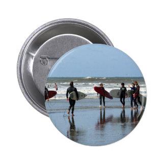 Surfing Crowd Button