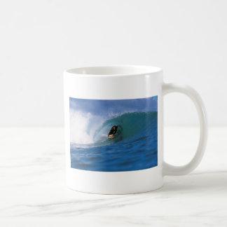 Surfing New Zealand perfect wave Mug
