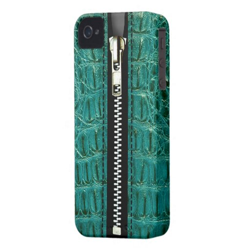 Surreal Crocodile Zip It Up hard plastic zipper Blackberry Bold Cover