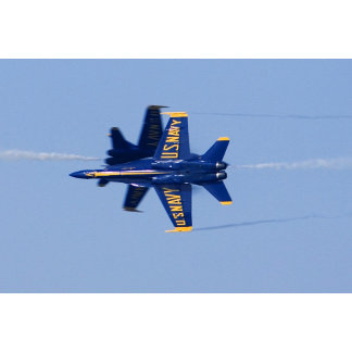 Blue Angels perform knife-edge pass during 2006