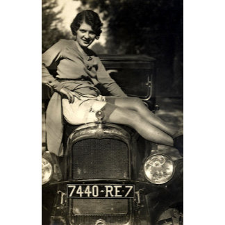 Glamour Girl - Vintage Pinup Girls