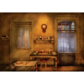 Baker - Granny's Kitchen