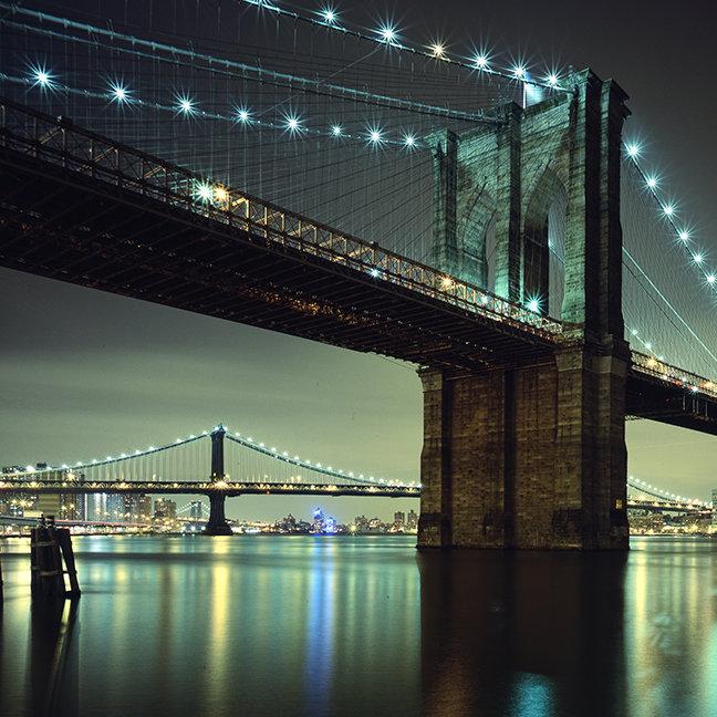 Brooklyn Bridge at night  Manhattan Bridge