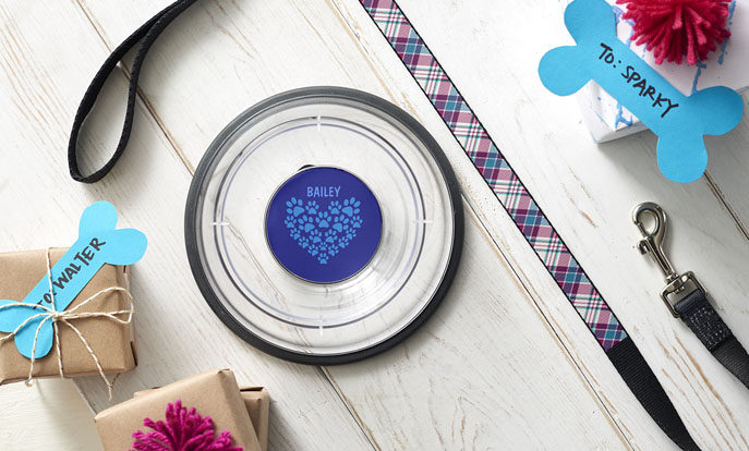 Create your very own gift and personalise the gift by colour, design, or style.