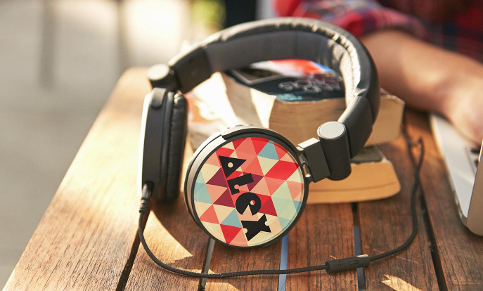 Browse our custom headphones from Zazzle and customise them with your own text, design or photos.
