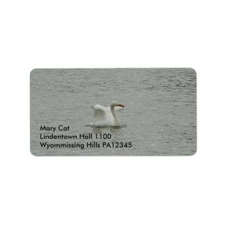 Swan- lifting wings label