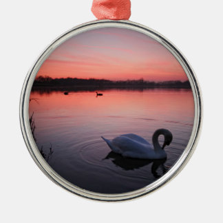 Swan Silver-Colored Round Decoration