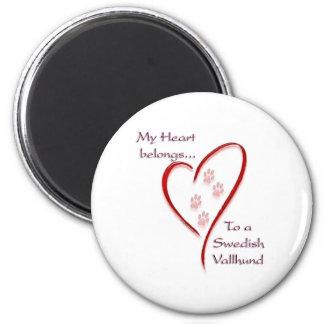 Swedish Vallhund Heart Belongs 6 Cm Round Magnet