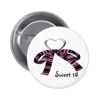 Sweet 16 6 cm round badge