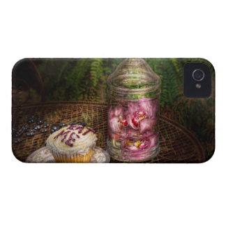 Sweet - Cupcake - Eat Me iPhone 4 Case-Mate Case