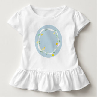 Sweet Girls Tee with circle of daisies