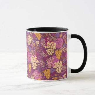 Sweet grape vines pattern background mug