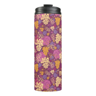 Sweet grape vines pattern background thermal tumbler