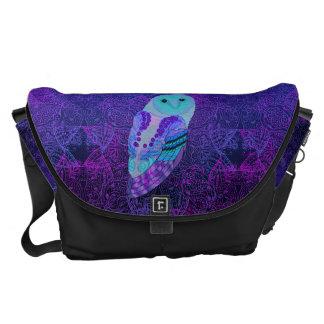 Swirly Barn Owl Large Messenger Bag