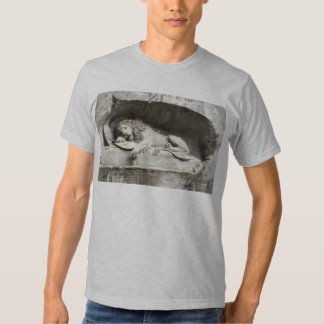 Swiss Images -The Lion monument, Luzern T-shirts