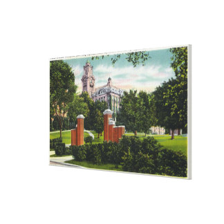Syracuse U Campus View Showing Lyman Hall Canvas Print