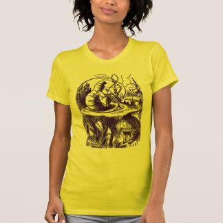 T Shirt: Alice in Wonderland - Caterpillar