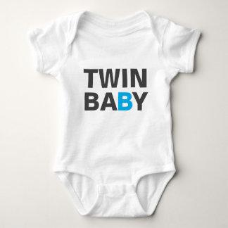 T-Shirt - TWIN B