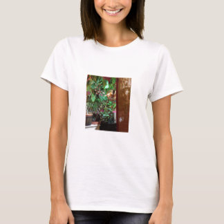 T-Shirt with Indoor Nature Photo!