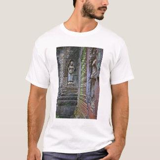 Ta Prohm Temple, Siem Reap Province, Cambodia 2 T-Shirt
