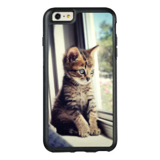 Tabby Kitten Watching Out Window OtterBox iPhone 6/6s Plus Case
