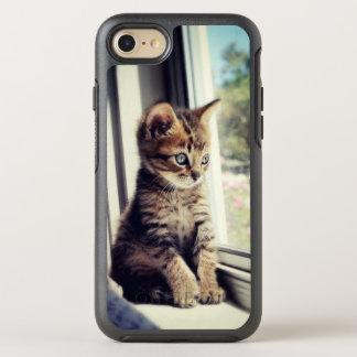 Tabby Kitten Watching Out Window OtterBox Symmetry iPhone 8/7 Case