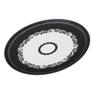 Table_Accents_Doily-Do(c)_-Everyday_Plates Plate