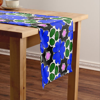 TABLE CLOTH & RUNNERS
