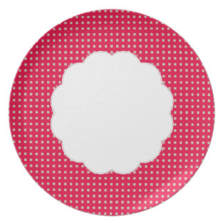 Table-Statements (c) Dots_Strawberry_Everyday Dinner Plates