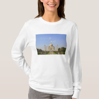 Taj Mahal, a mausoleum located in Agra, India, T-Shirt