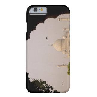 Taj Mahal, Agra, Uttar Pradesh, India 2 Barely There iPhone 6 Case
