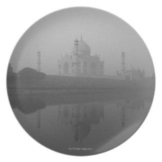 Taj Mahal, Agra, Uttar Pradesh, India 3 Party Plates