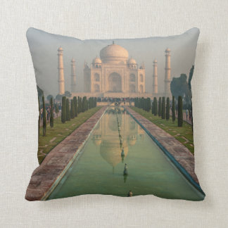 Taj Mahal, Agra, Uttar Pradesh, India Cushion