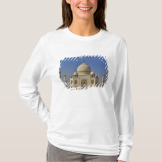 Taj Mahal mausoleum / Agra, India T-Shirt
