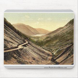 Tal-y-Llyn Pass Dolgelly i e Dolgellau Wales Mouse Pad
