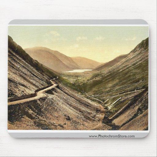 Tal-y-Llyn Pass, Dolgelly (i.e. Dolgellau), Wales Mouse Pad