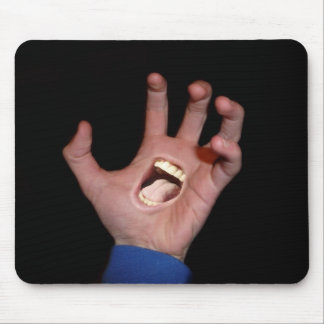 Talk to the hand mouse pad