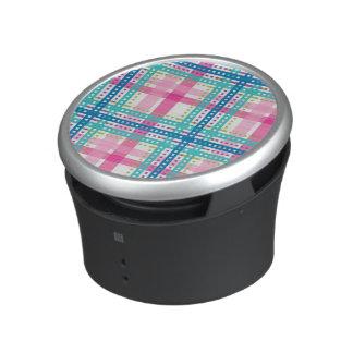 Tartan, plaid pattern bluetooth speaker