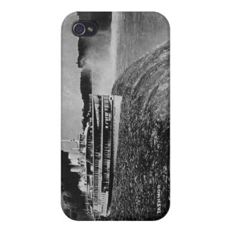 Tashmoo Over Niagra Falls Vintage Trick Photo iPhone 4 Cover
