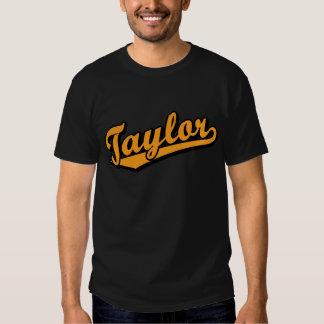 Taylor in Orange T-shirts