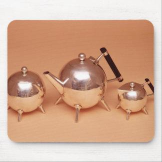 Tea service with gilt interiors mouse mat
