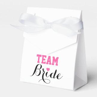 Team Bride Pink Heart Favor Box White Ribbon Wedding Favour Boxes